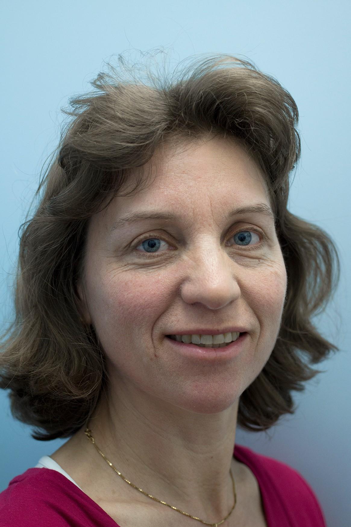 Dr. Eveline Breidenstein
